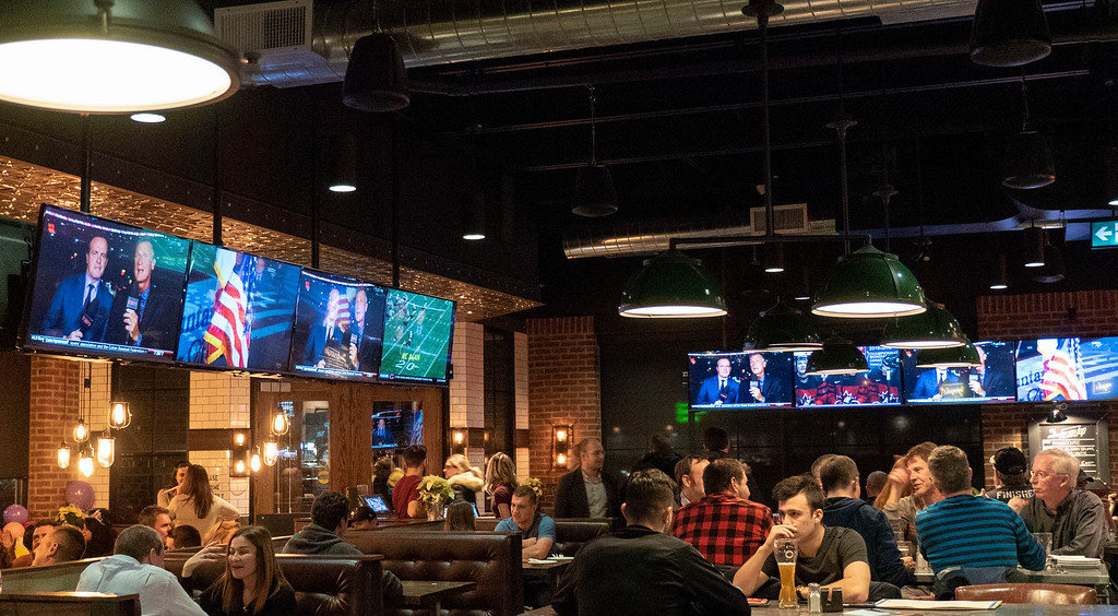 Beertown Public House in Burlington, Ontario - Restaurants in Burlington