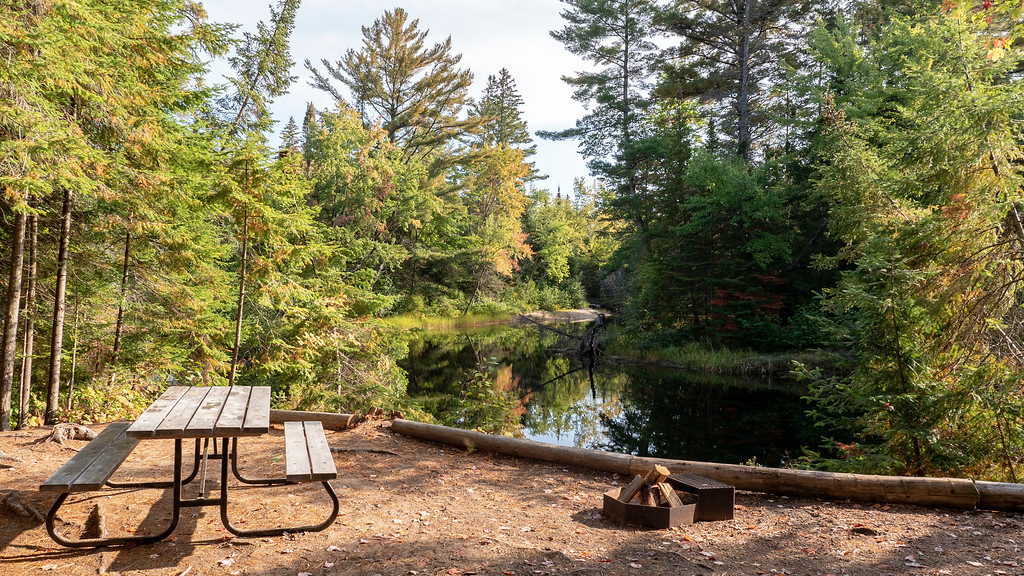 Rustic Cabin at the Bonnechere River