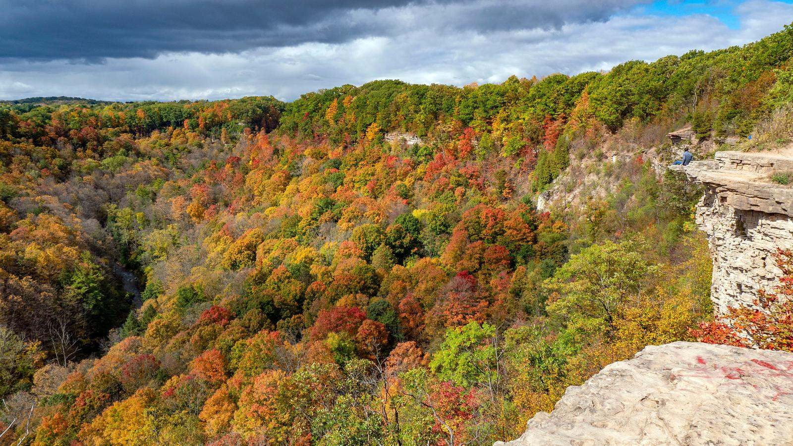 Dundas Peak Ontario