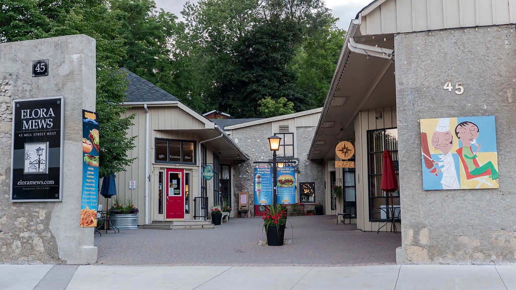 The Elora Mews - Downtown Elora