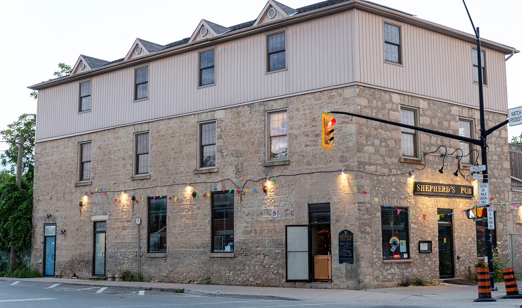 Where to eat in Elora - Shepherd's Pub - Elora restaurants