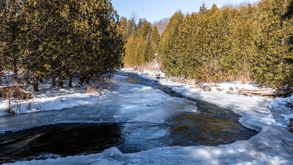 Forks of the Credit Provincial Park winter hiking trails