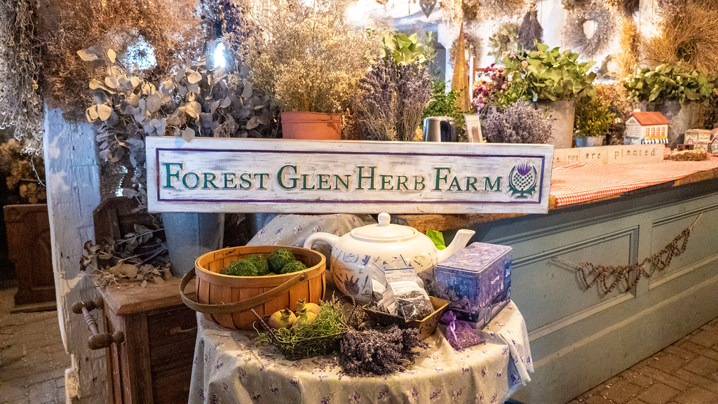 Forest Glen Herb Farm in Forest Ontario near Grand Bend on Lake Huron