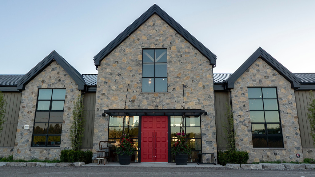 Adamo Estate Winery - Wine and dining for Wine and Unwind Fridays - The Paddock Cafe
