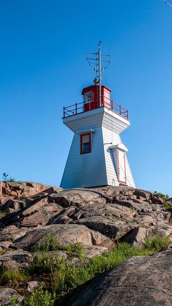 Killarney Lighthouse Trail