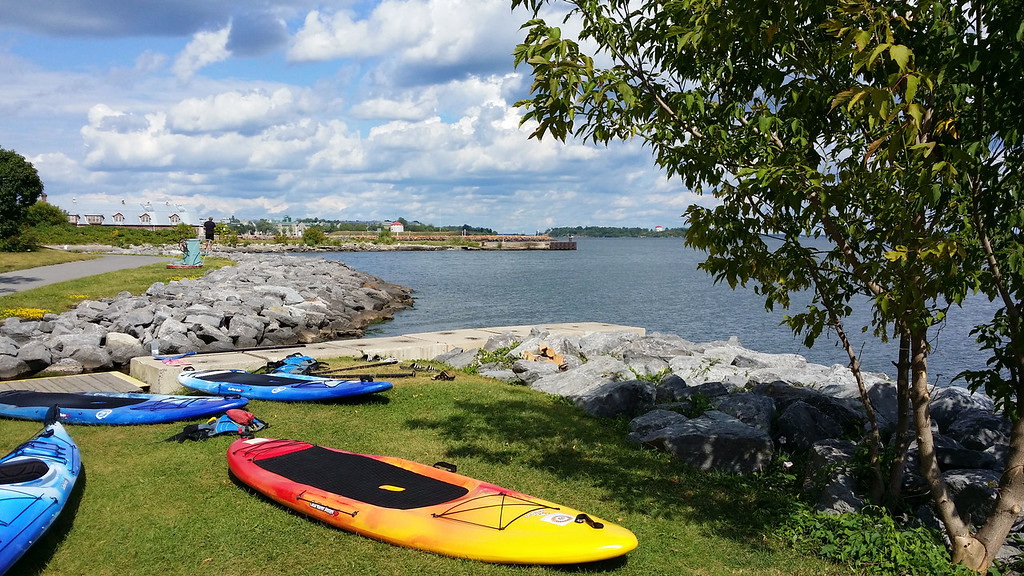 Stand up surf à Kingston Ontario