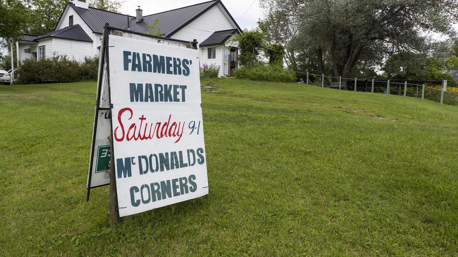 McDonald's Corners Farmers' Market in Lanark County