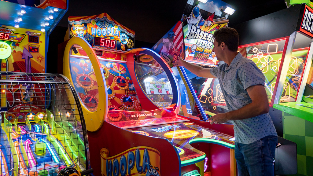 Indoor activities in London Ontario: Rec Room video games, arcade, and entertainment centre