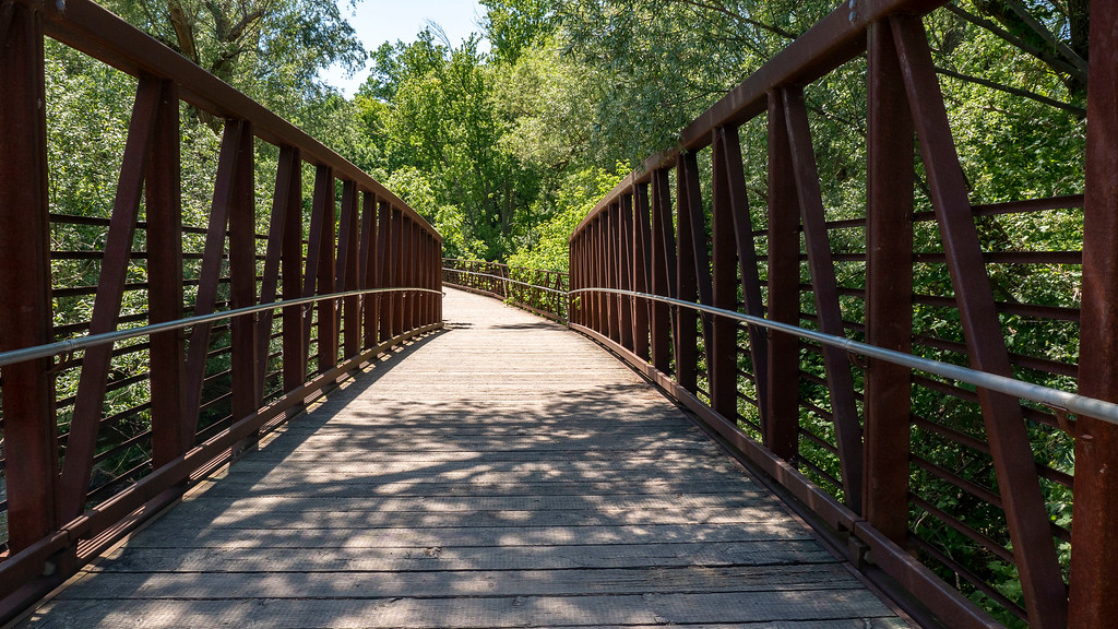 Bridge across the Credit River - Mississauga conservation area