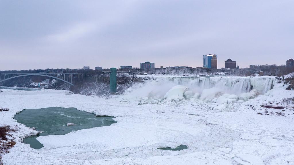 Visiting Niagara Falls in Winter: Frozen Niagara Falls