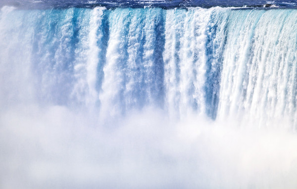 Close-up of the Horseshoe Falls in Niagara Falls