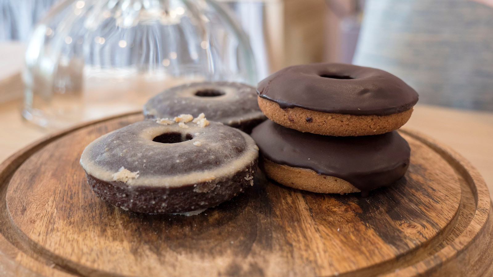 Vegan donuts at Highway Girl. Grand Bend Vegan and Vegetarian Restaurant Guide.