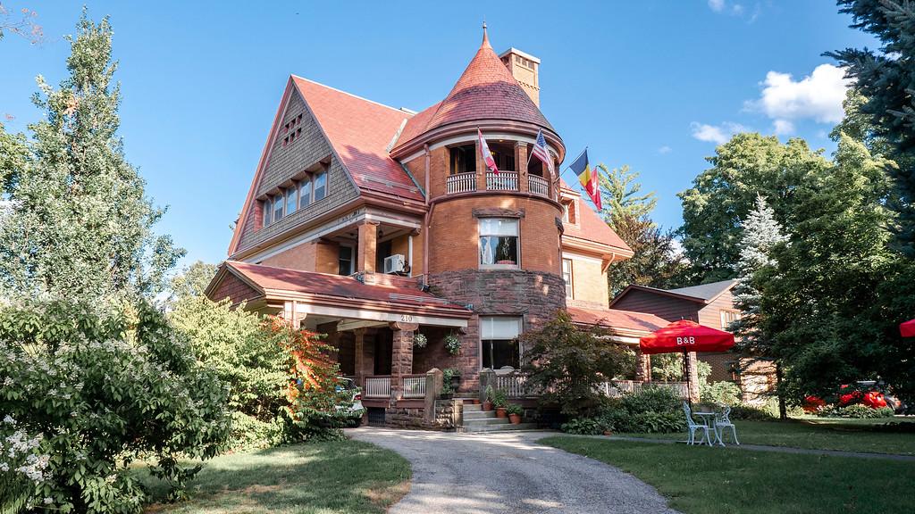 Chateau La Motte Guest House Woodstock Ontario
