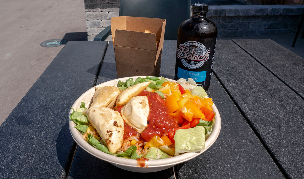D'Lish Kitchen Cafe - Vegan burrito bowl