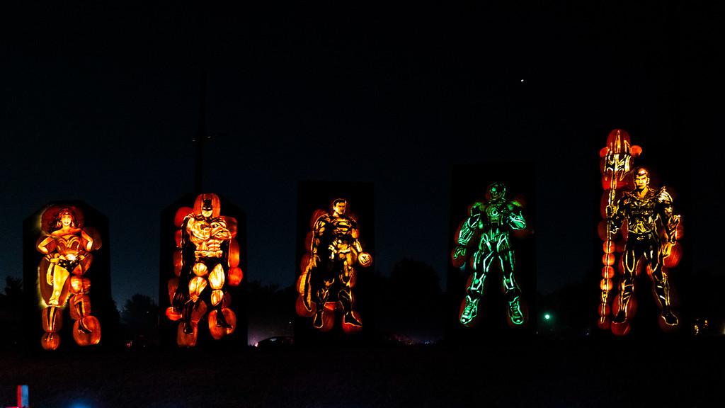 Pumpkin carving Toronto - Carved pumpkins - Halloween festival