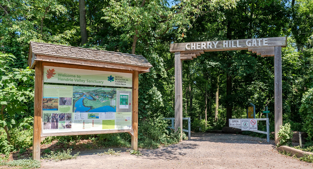 Hendrie Valley Trails: Bridle Trail Loop - Cherry Hill Gate
