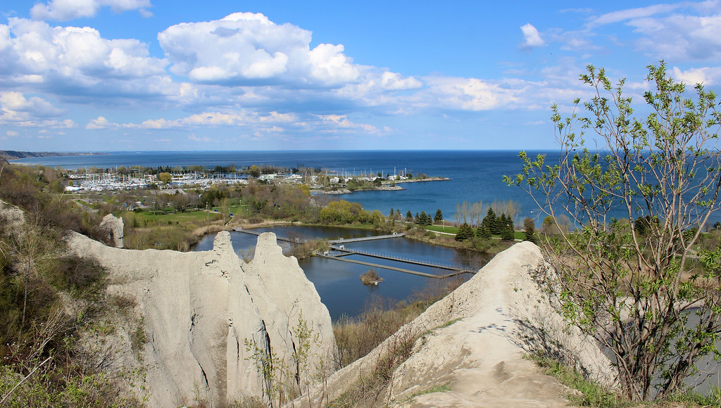 Scarborough Bluffs Marina and Park from the top