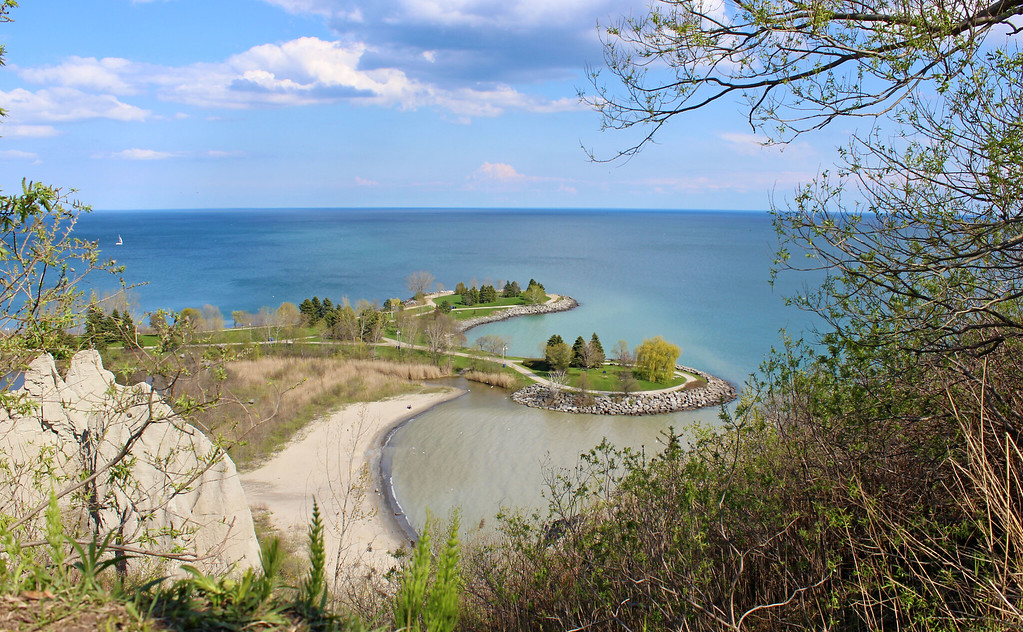 Scarborough Bluffs Hiking - Toronto, Ontario