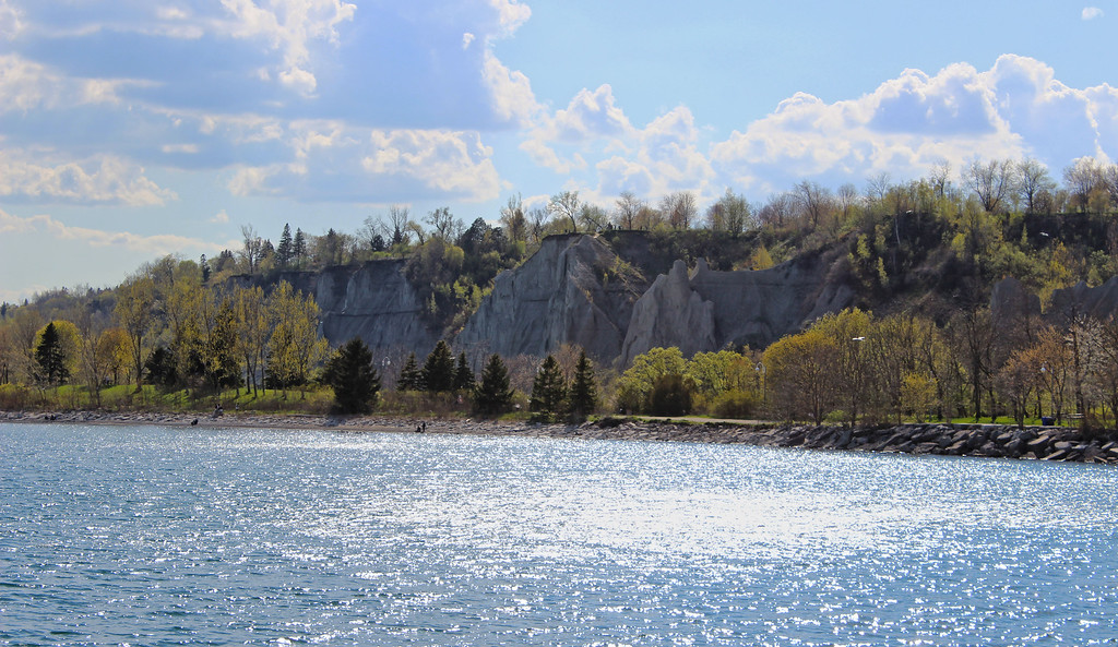 Scarborough Bluffs Trail - Hiking in Toronto