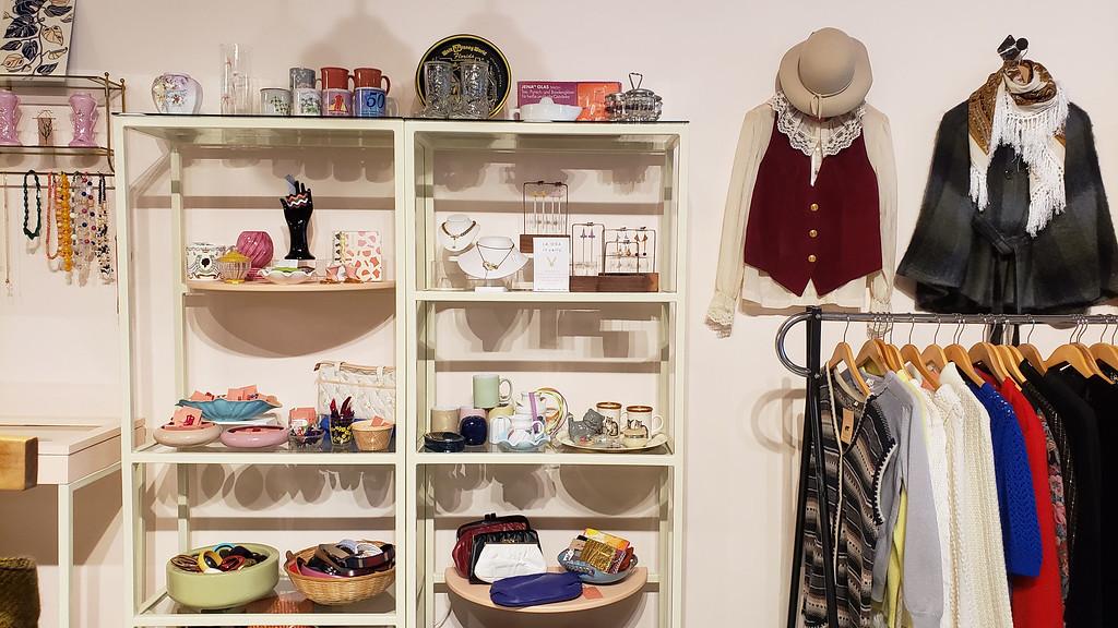 La Osa Jewelry & Vintage Stratford Ontario