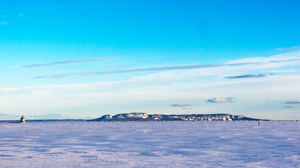 Thunder Bay waterfront in the winter - Sleeping Giant and the lighthouse