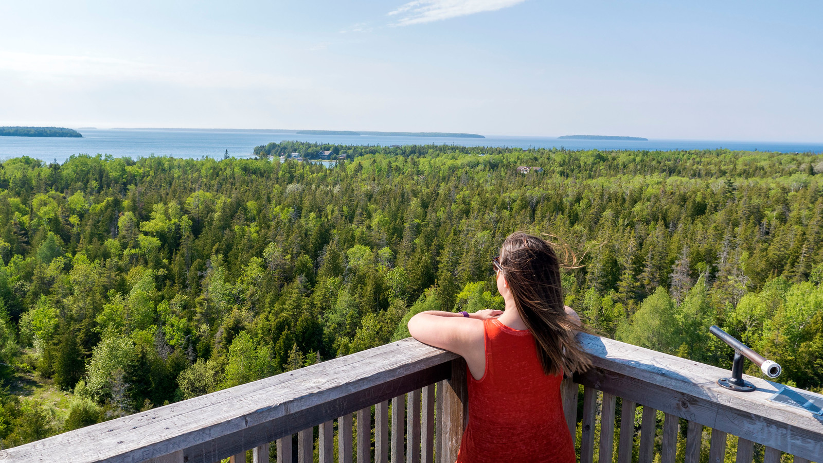 Lookout Tower at Fathom Five National Marine Park. Best Bruce Peninsula Hiking Trails for Nature Lovers.