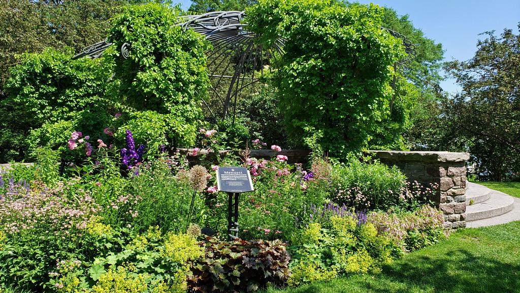 Best gardens in Toronto: Toronto Music Garden