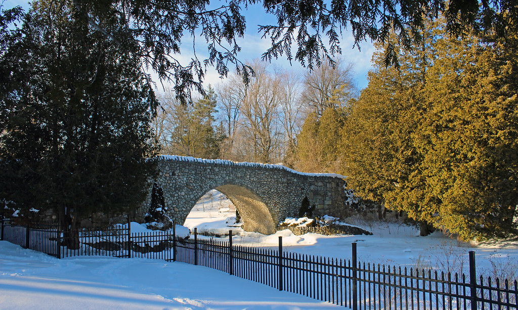 Cobblestone Bridge in Dundas Park