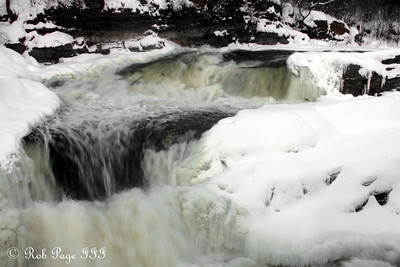 The falls at the top of the Rideau Canal - Ottawa, ON ... January 2, 2010 ... Photo by Rob Page III