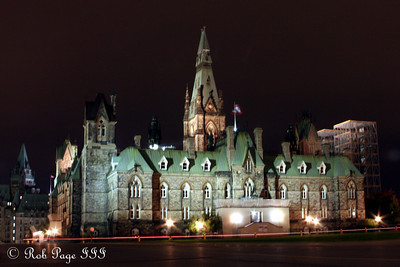 The West Block of Parliament - Ottawa, ON ... September 26, 2009 .. Photo by Rob Page III