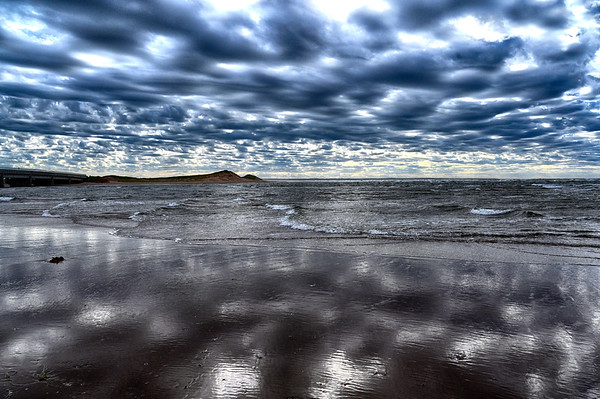 Clouds and relfection in PEI