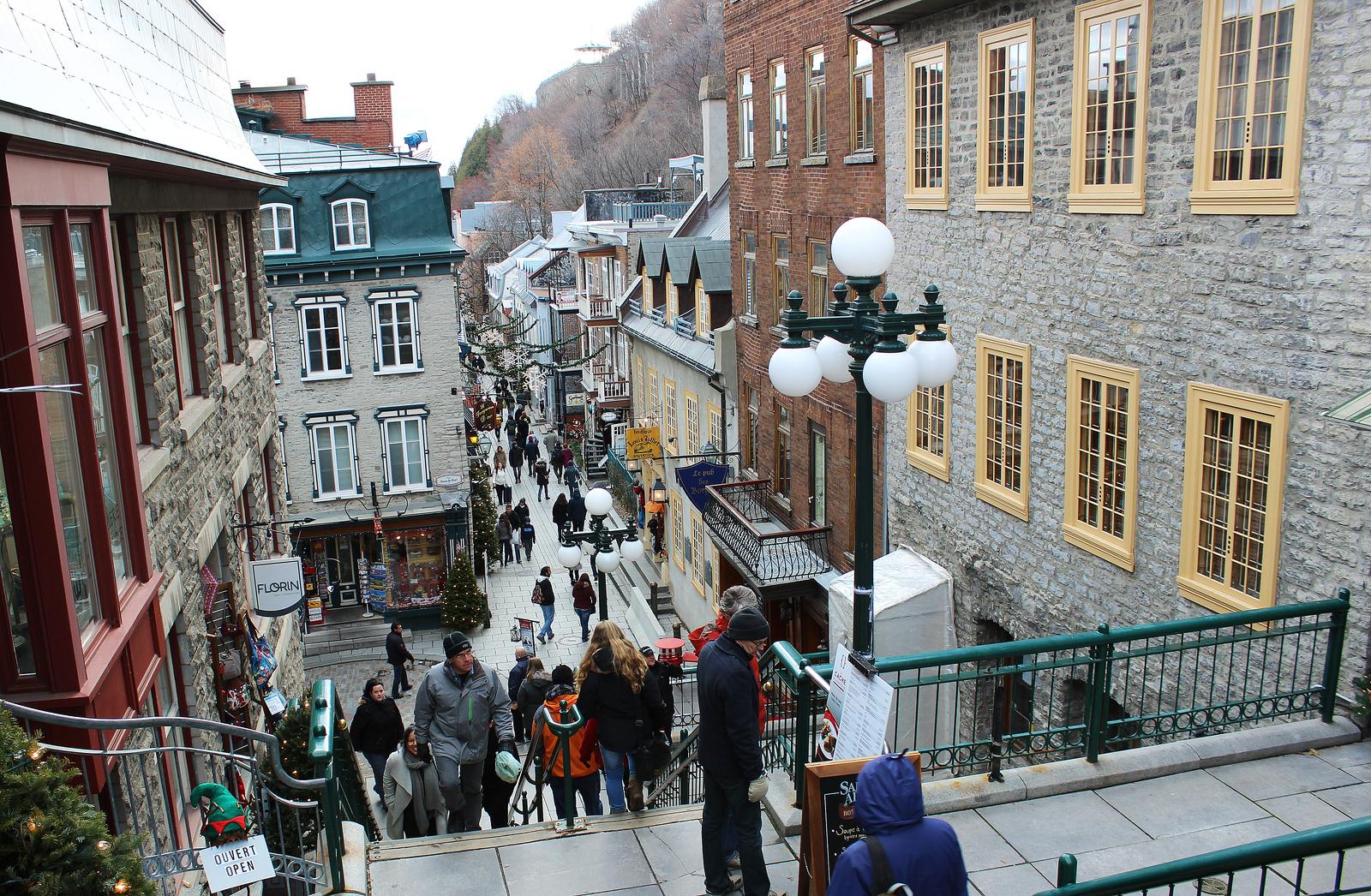Photo Essay: Christmas in Old Quebec - Justin Plus Lauren
