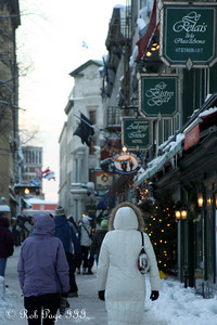 Emily and Heather meandering the streets - Quebec City, QC ... December 30, 2009 ... Photo by Rob Page III