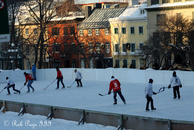Enjoying some outdoor hockey - Quebec City, QC ... December 30, 2009 ... Photo by Rob Page III