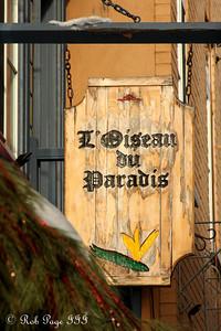 L'Oiseau au Paradis - Quebec City, QC ... December 31, 2009 ... Photo by Rob Page III