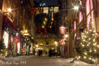 Funiculaire - Quebec City, QC ... December 31, 2009 ... Photo by Rob Page III