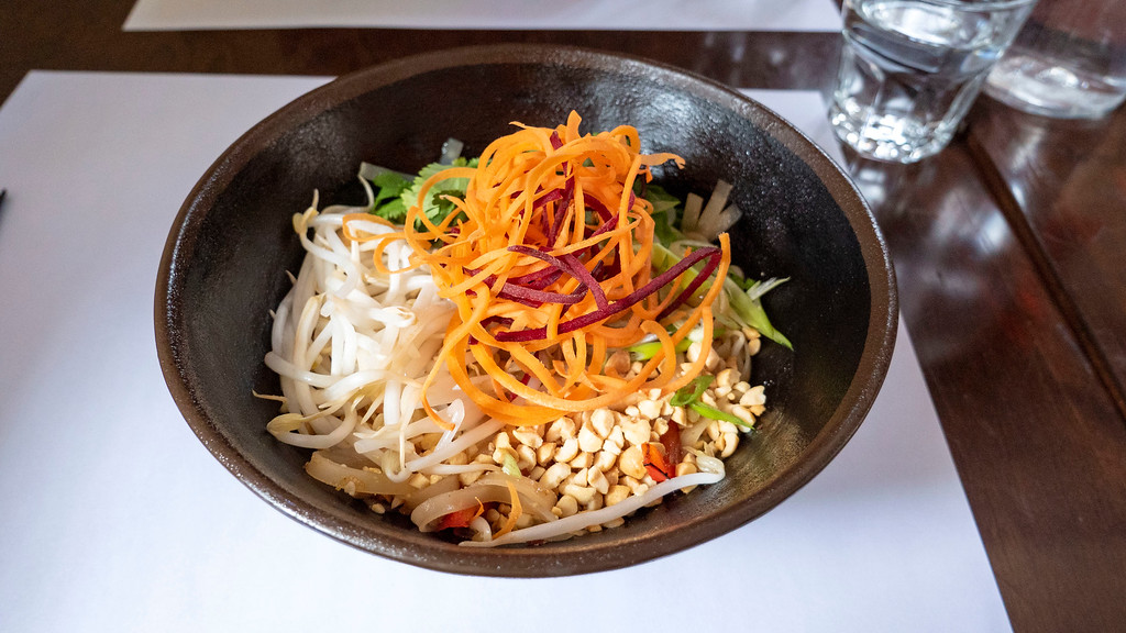 Vegan pad Thai at O Wok - Mont Tremblant restaurants