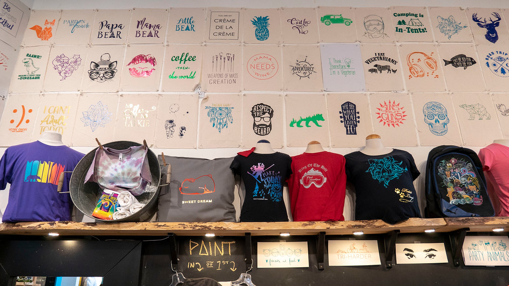 Mont Tremblant winter activities - Design your own t-shirt at T Bar Tremblant