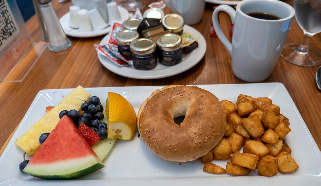 Breakfast at Hotel Bonaventure Montreal - Vegan / vegetarian