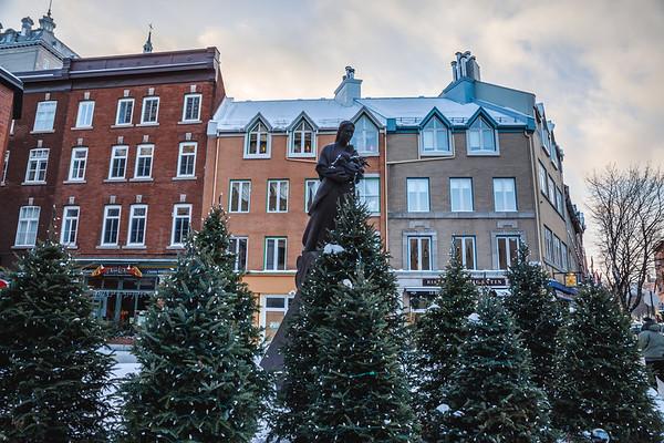 Sculpture at Place de la FAO, Quebec City