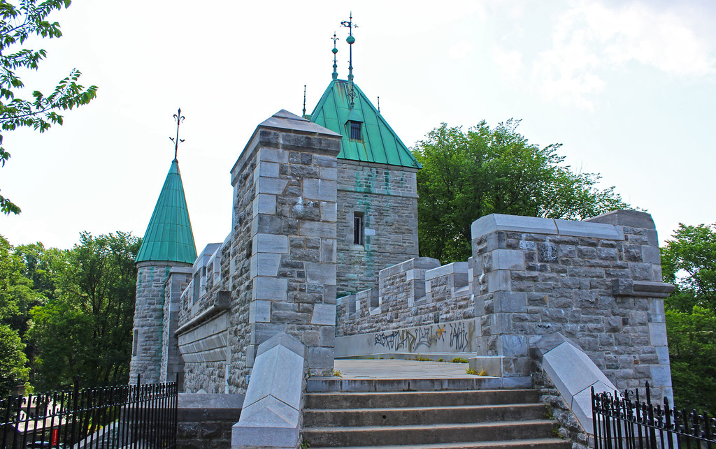 Quebec City ramparts: The fortifications of Old Quebec City