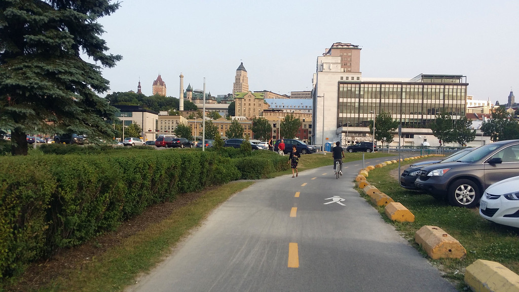 Corridor de la Rivière-Saint-Charles - Biking in Quebec City
