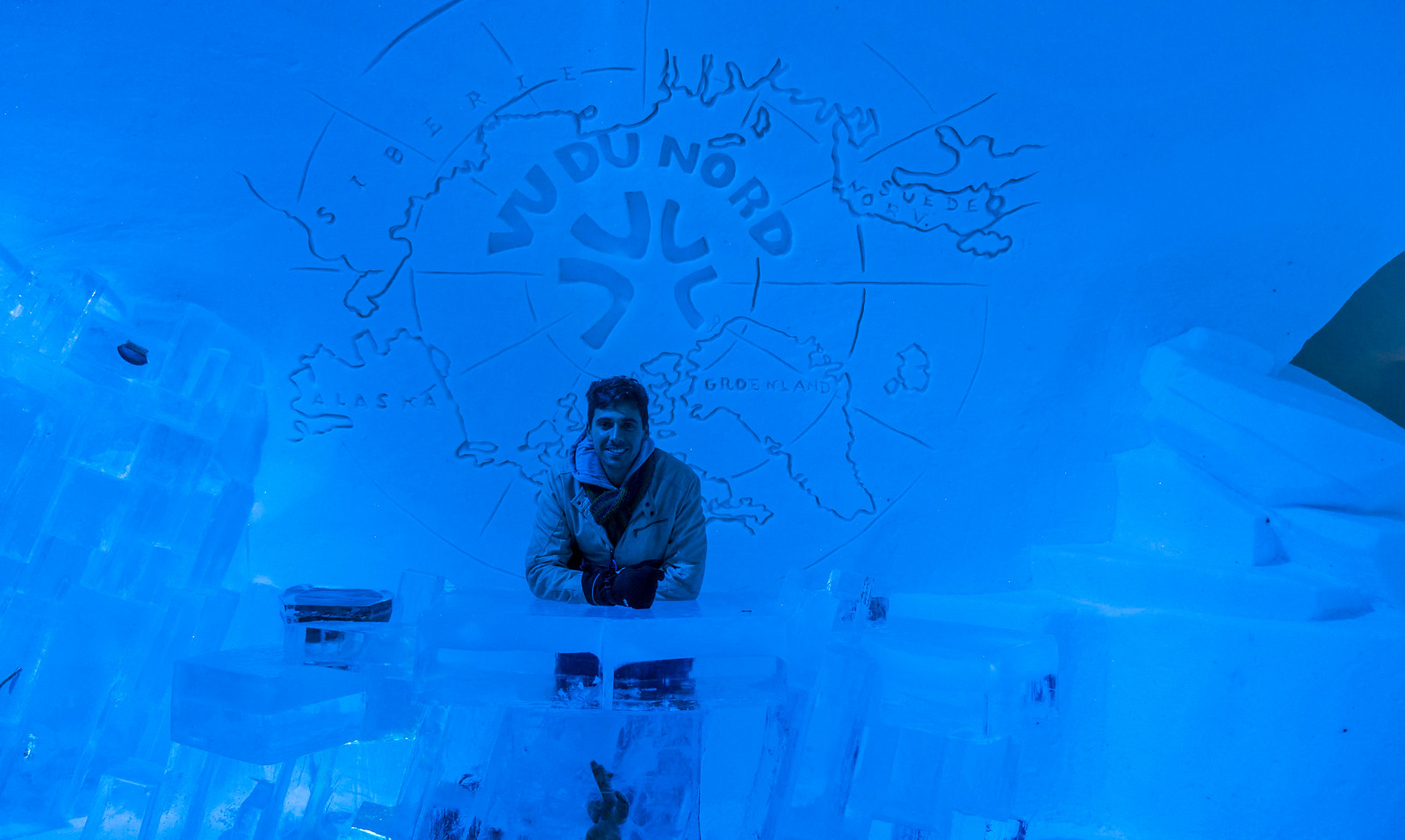 Ice Hotel Quebec: An Insider's Guide to Surviving the Night - Inside the ice hotel