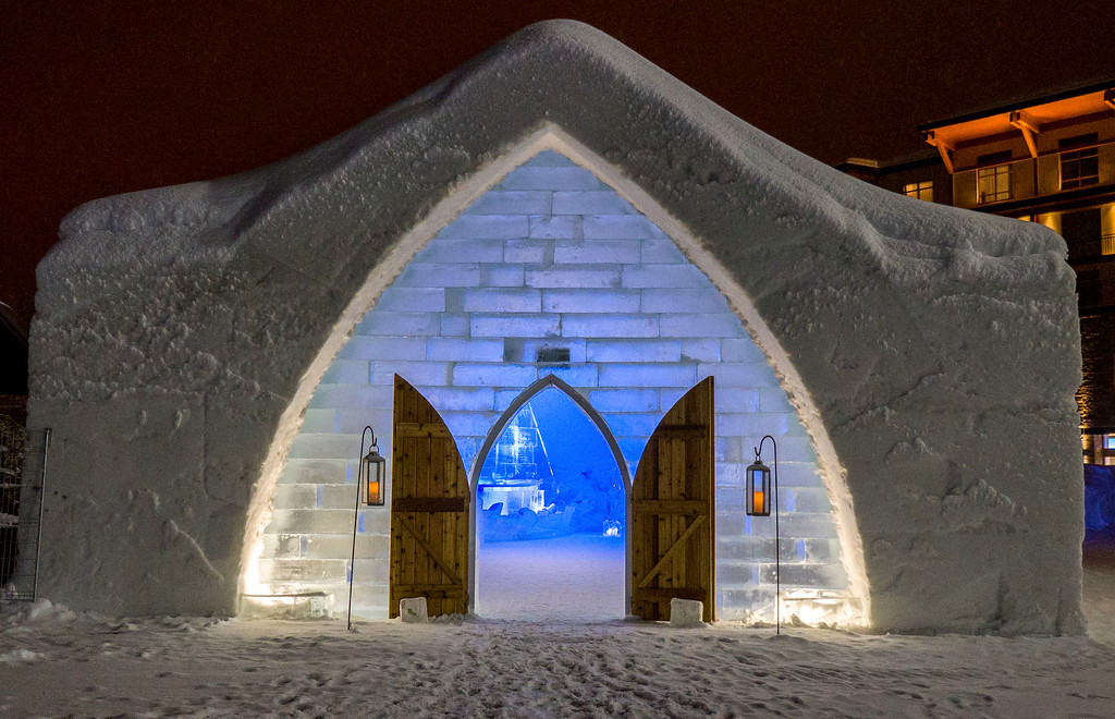 Quebec City Winter - Ice Hotel - Hotel de Glace