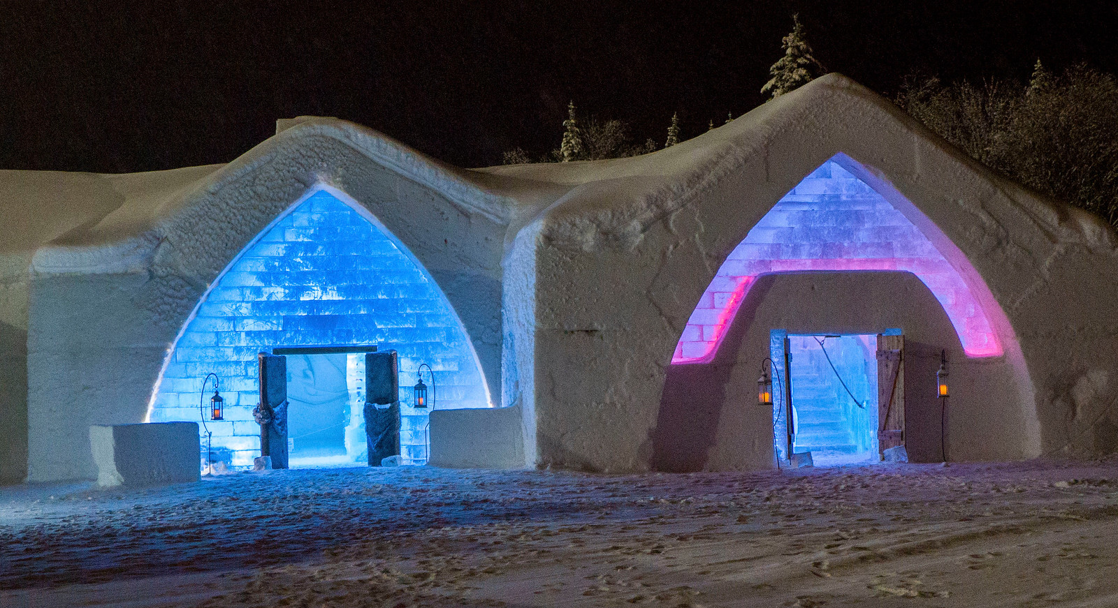 Ice Hotel Quebec: An Insider's Guide to Surviving the Night - Exterior ice buildings