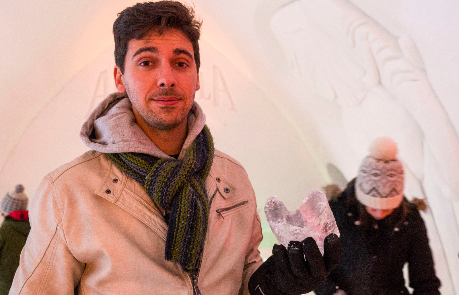 Ice Hotel Quebec: An Insider's Guide to Surviving the Night - Ice carving fail
