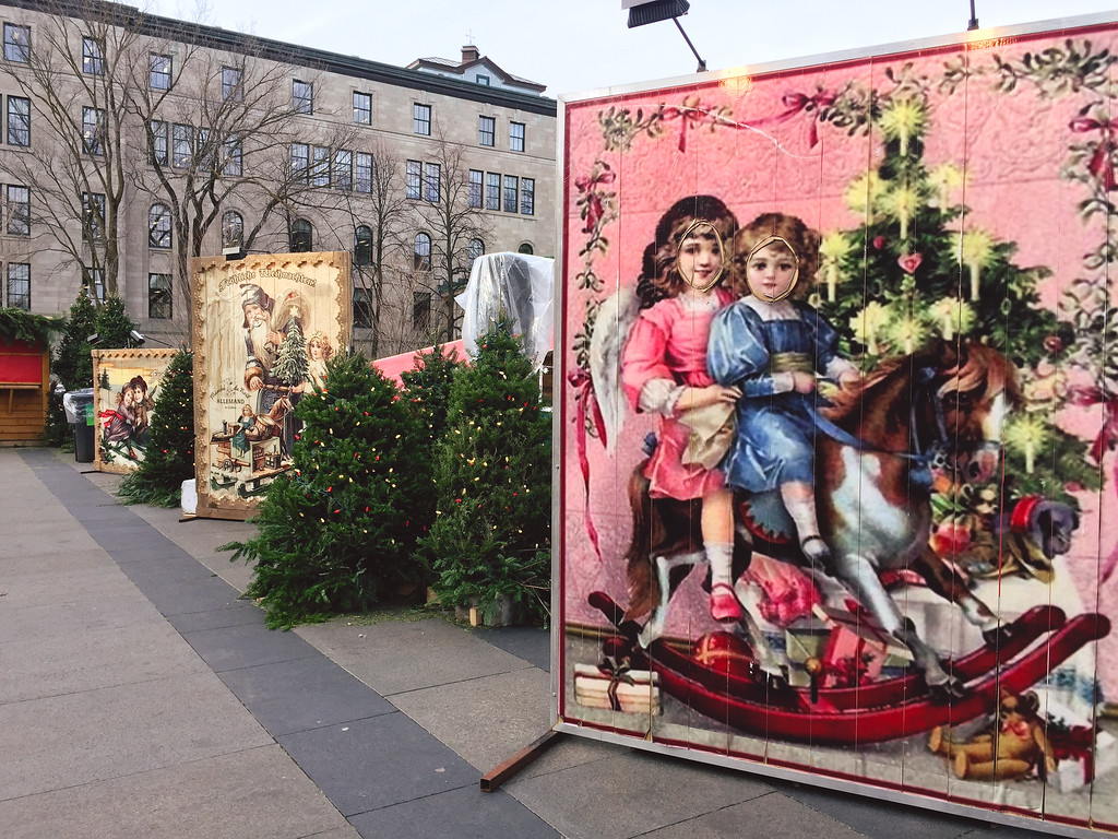 Quebec City Christmas: Marché de Noël Allemand de Quebec