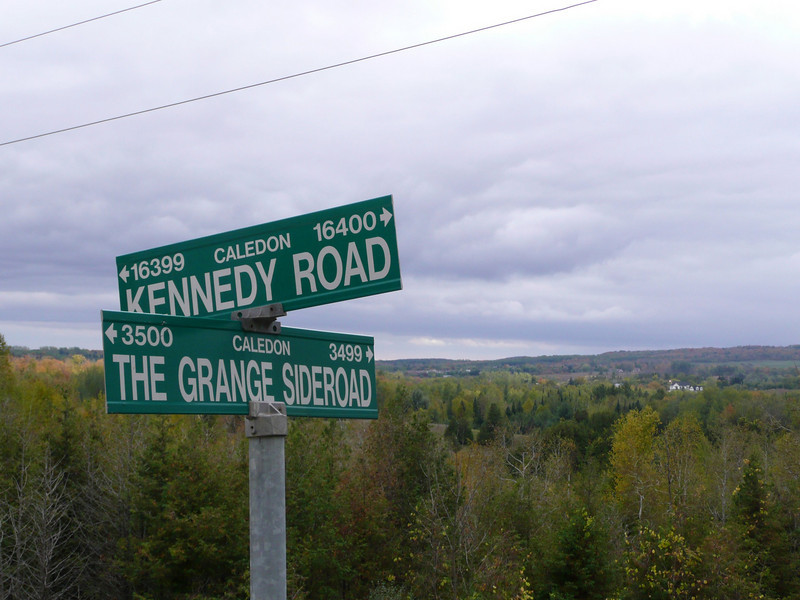 Grange Sideroad in the escarpment.