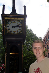Rob and the Steamclock - Vancouver, BC ... June 24, 2007 ... Photo by Emily Conger