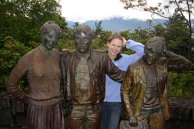 Emily and her immortal family in Queen Elizabeth Park - Vancouver, BC ... June 24, 2007 ... Photo by Rob Page III
